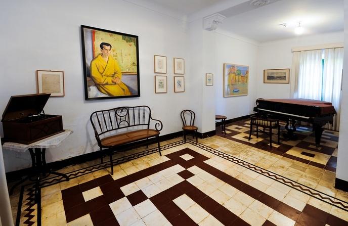 Una visita a nuestra historia m s reciente for Huerta de san vicente muebles