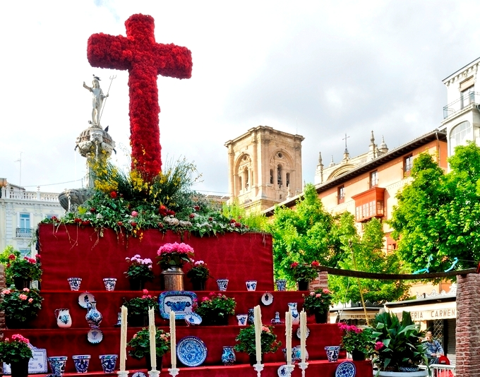 Crosses in Granada